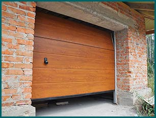 Central Garage Doors Boca Raton, FL 561-330-5639